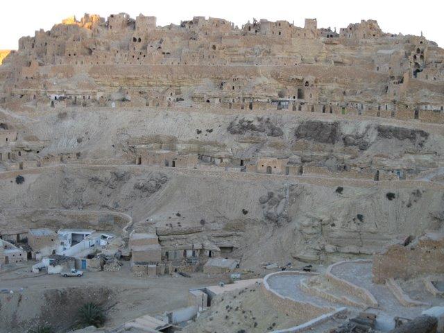 Tunisia in bici dicembre 2009 for Case di pietra del paese della collina del texas
